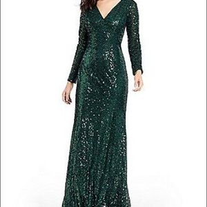 NWT Cachet green sequin vneck long sleeve gown
